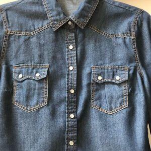 Charlotte Russe chambray western shirt. Size S